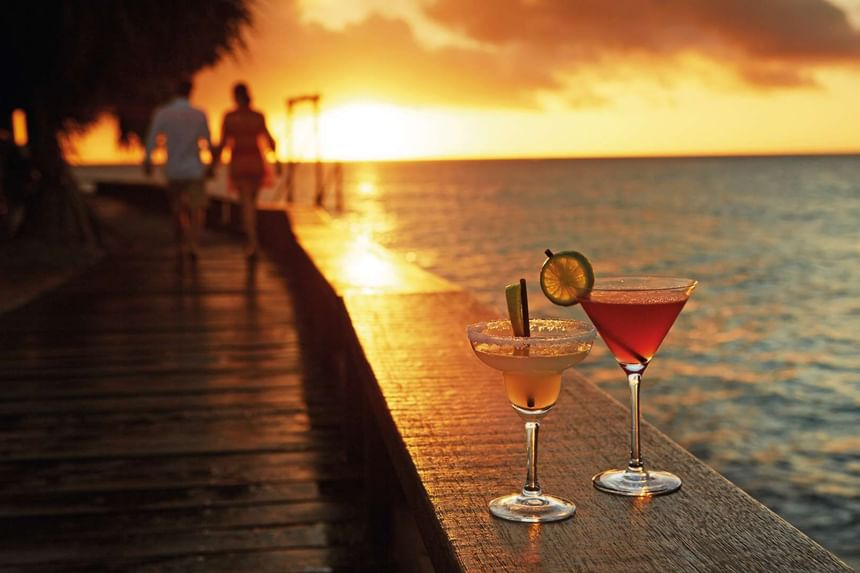 Sunset Drinks by the sea at Heron Island Resort