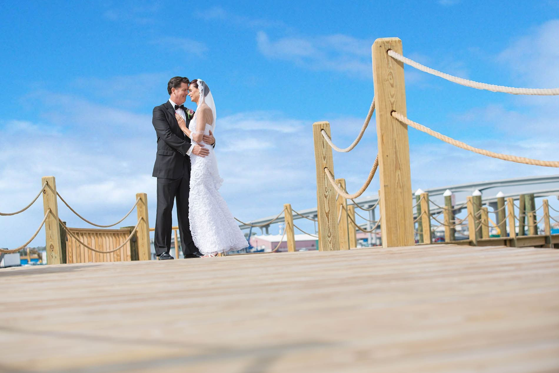 Wedidng Couple at Warwick Paradise Island