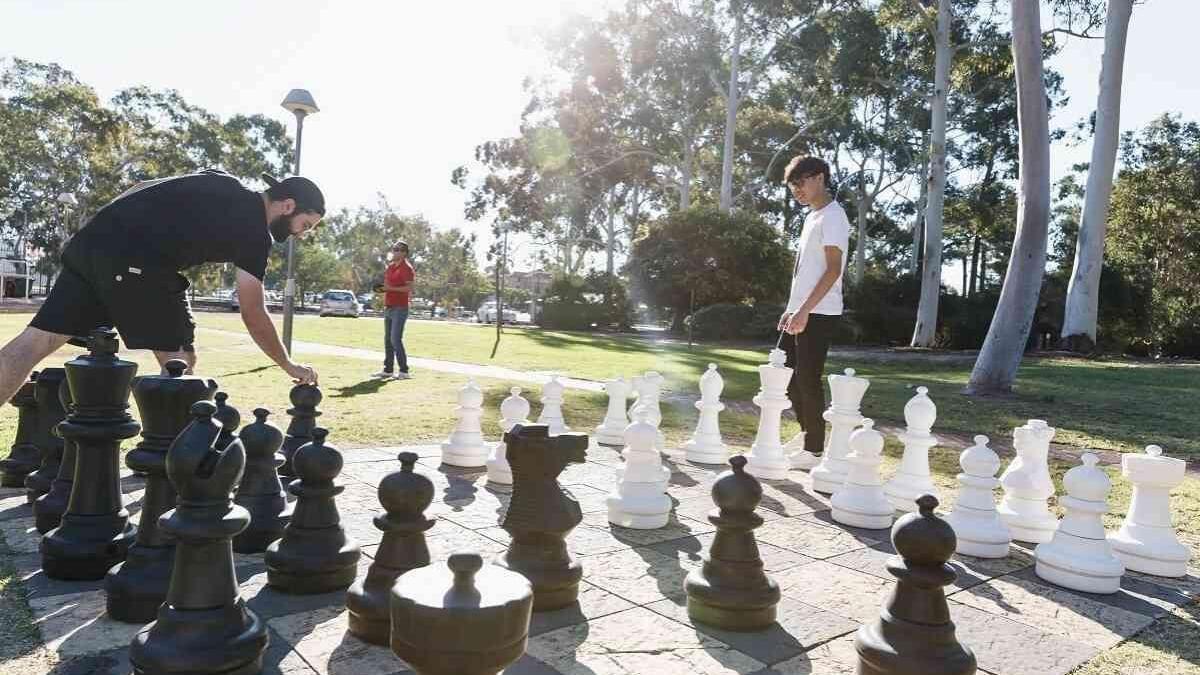 KV Chess Board