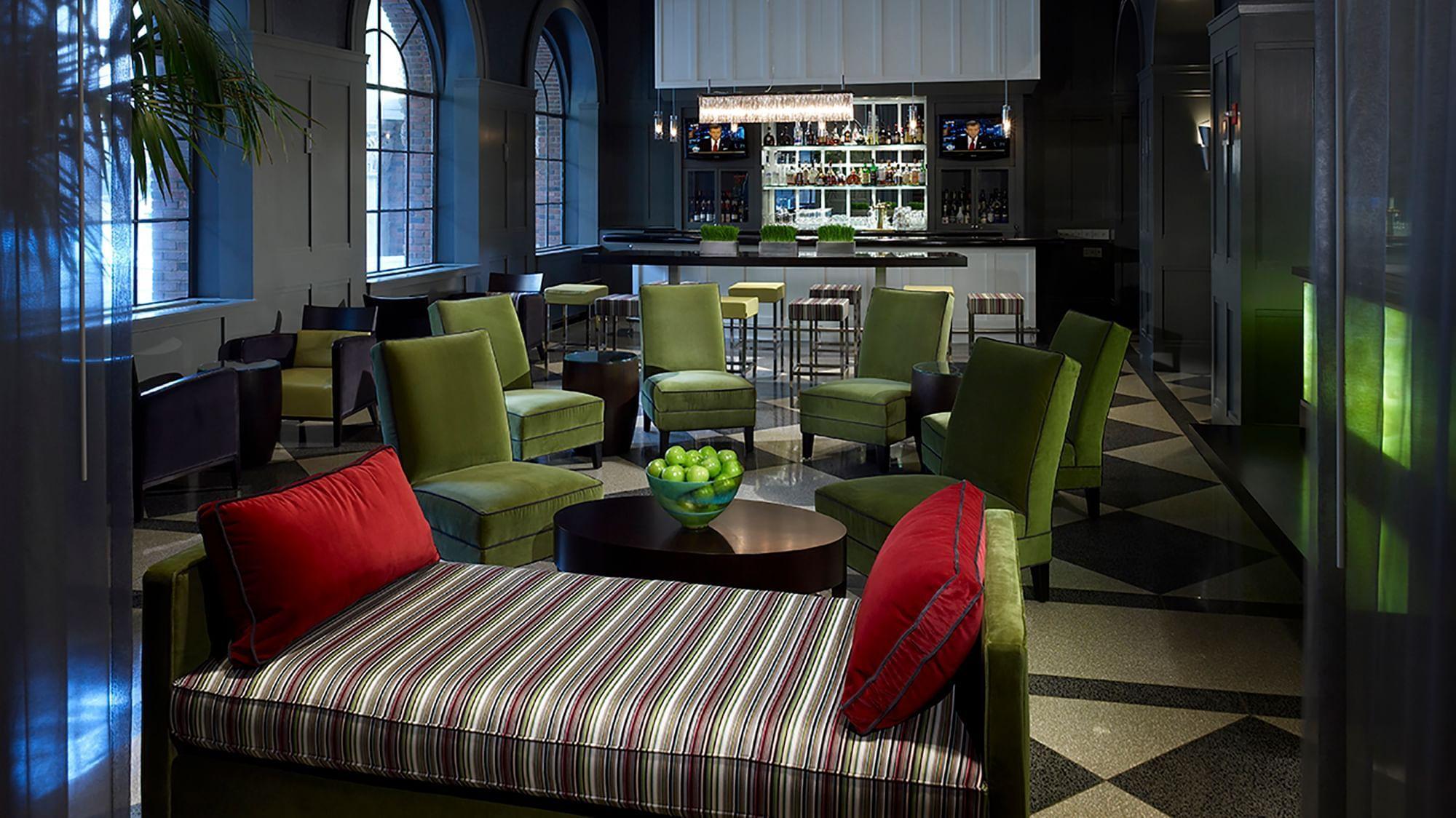 M Avenue Lounge at Warwick Allerton