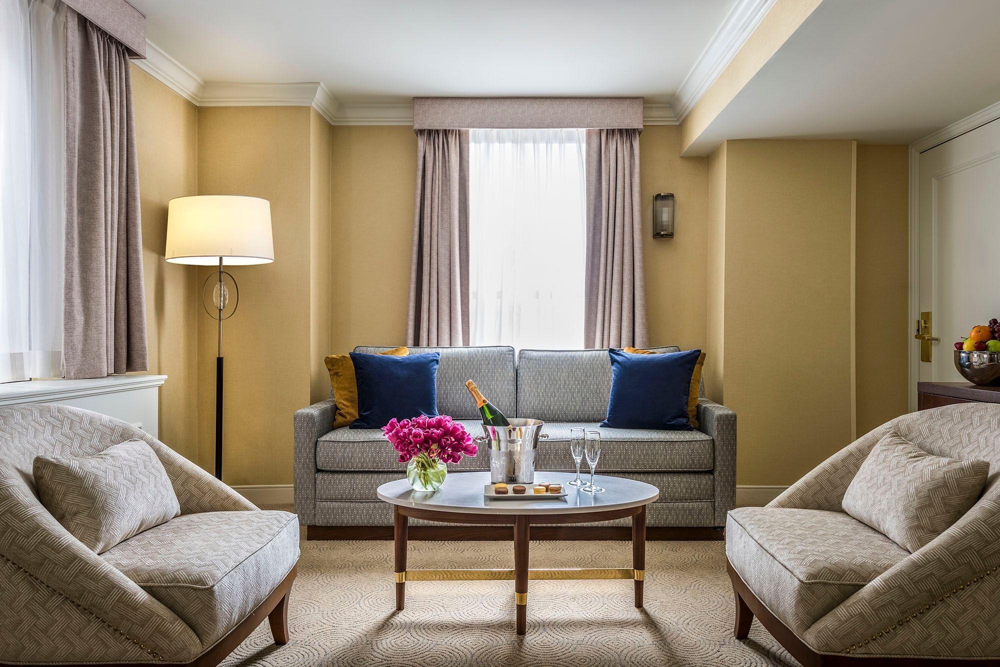 Executive King Living Room at Warwick Allerton