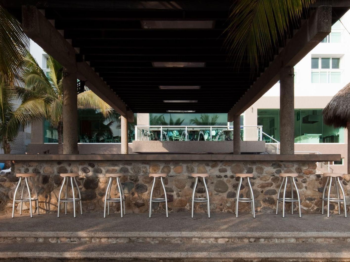 Bar Drake's at hotel Villa Varadero