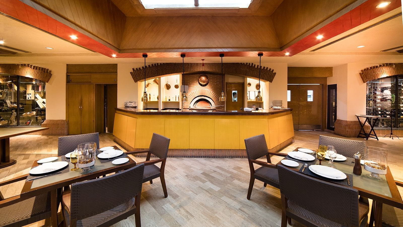 Dining area at Tavola Restaurant in Princess Mundo Imperial