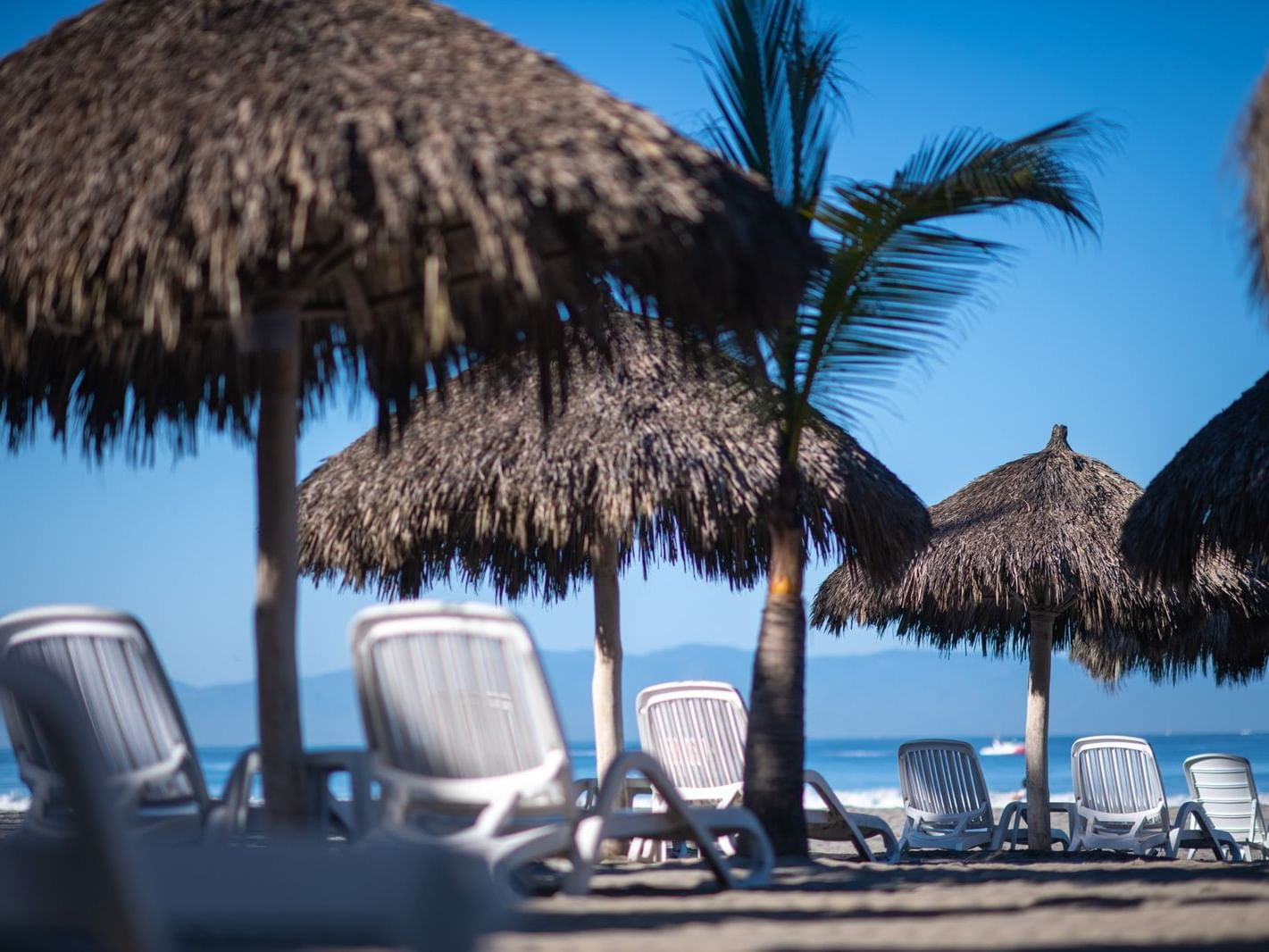 Beach Sun ShadesPalapas facilities at Hotel Villa Varadero