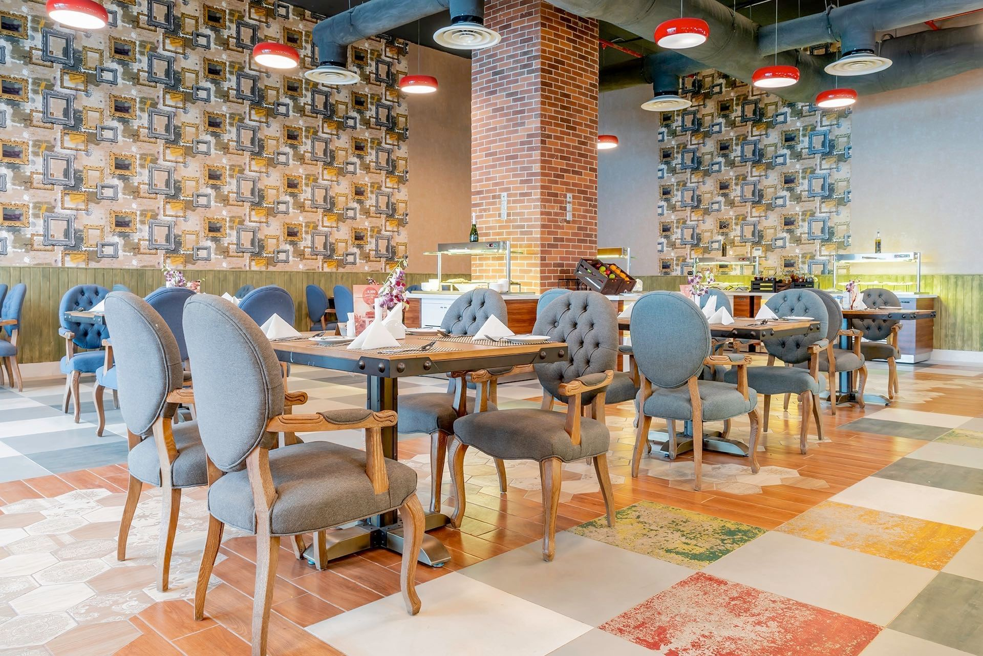 Restaurant Tables at Makeen Homes by Warwick