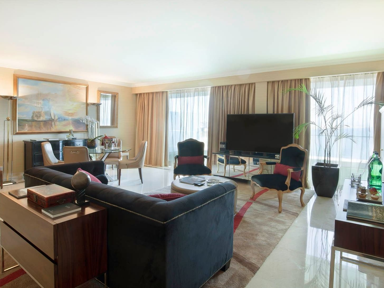 Living space in Presidential Suite at Hotel Cascais Miragem