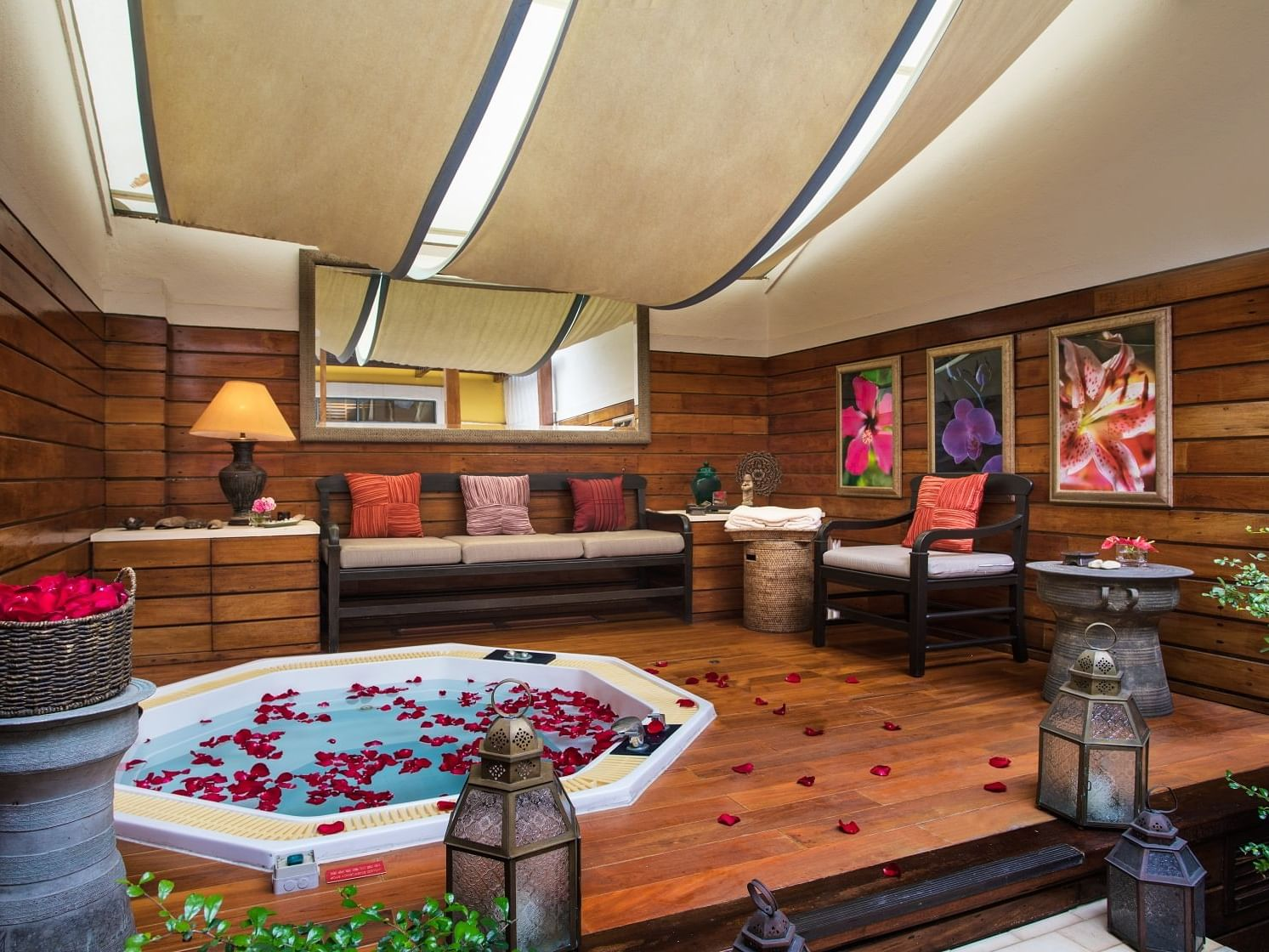 Bathtub with petals on it and a relaxing surrounding at Artyzen Grand Lapa Hotel Macau