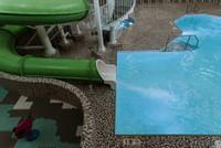 Pool - Waterslide