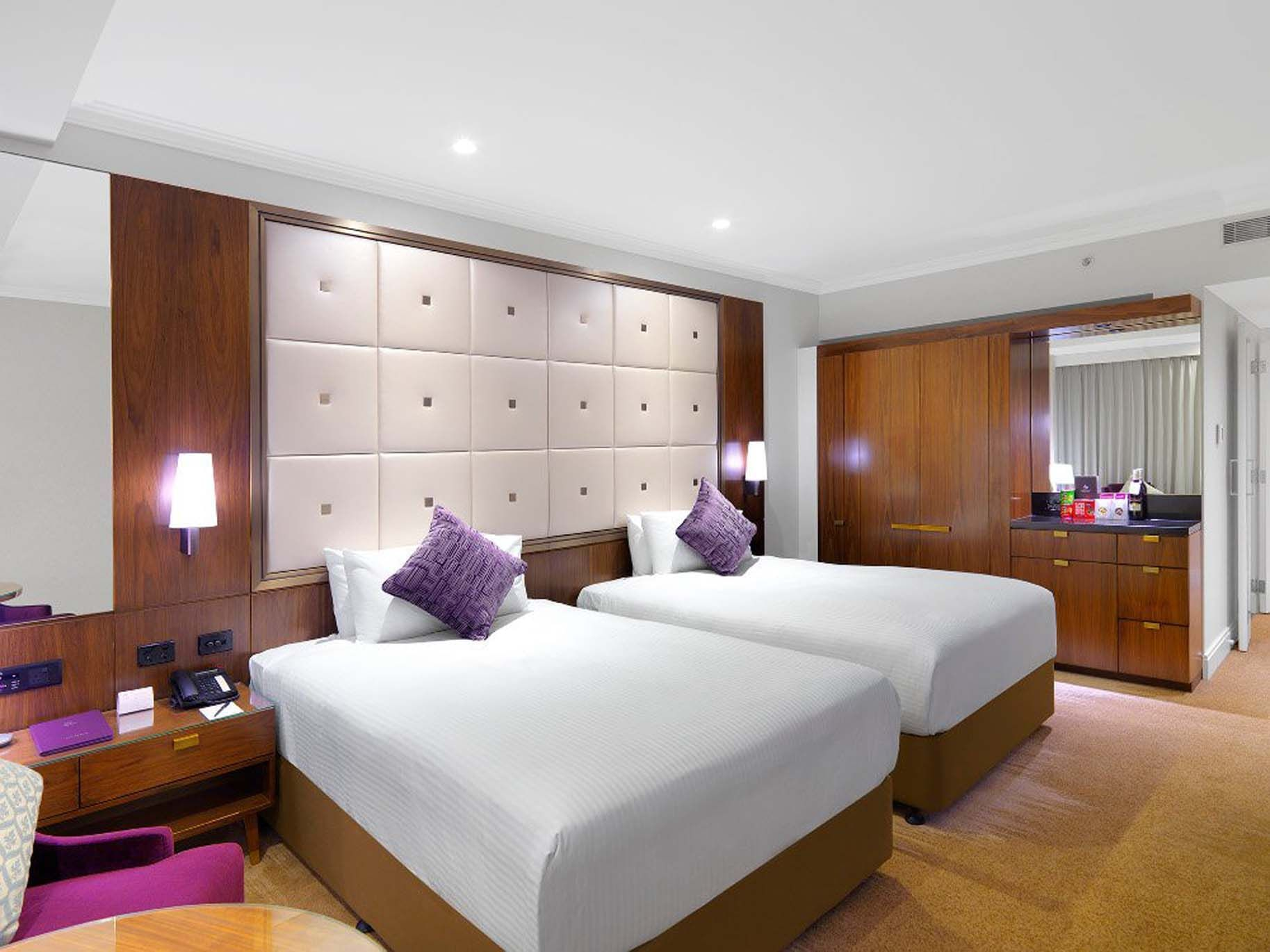 Jamison Club Double Double Room at Amora Hotel