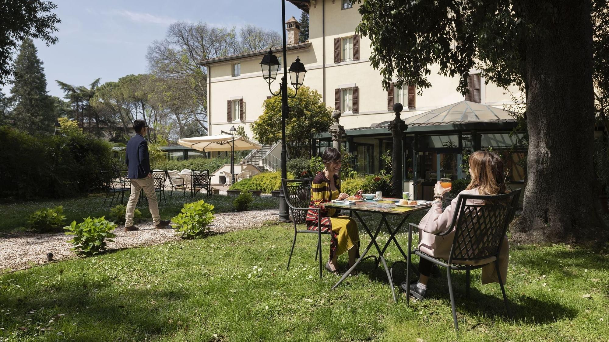 Hotel 4 stelle con piscina a Perugia, Umbria