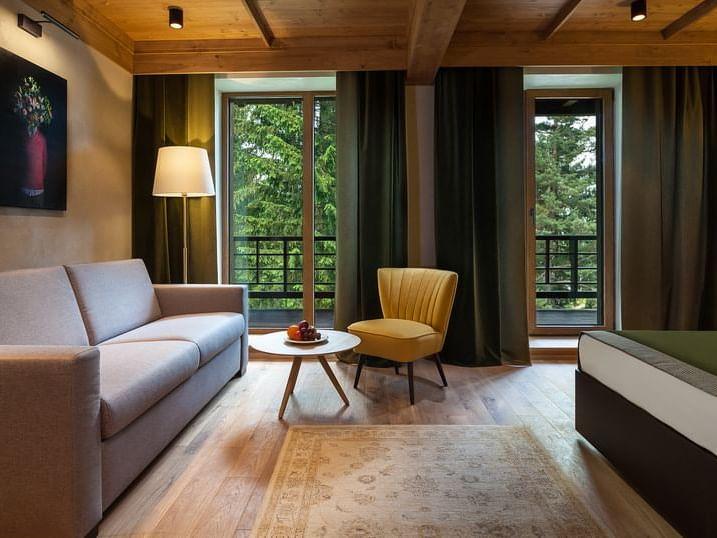 King Deluxe Room la Ana Hotels Bradul Poiana Brașov