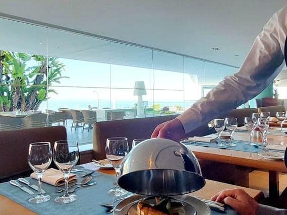 Menú ejecutivo del restaurante Oasis Terraces