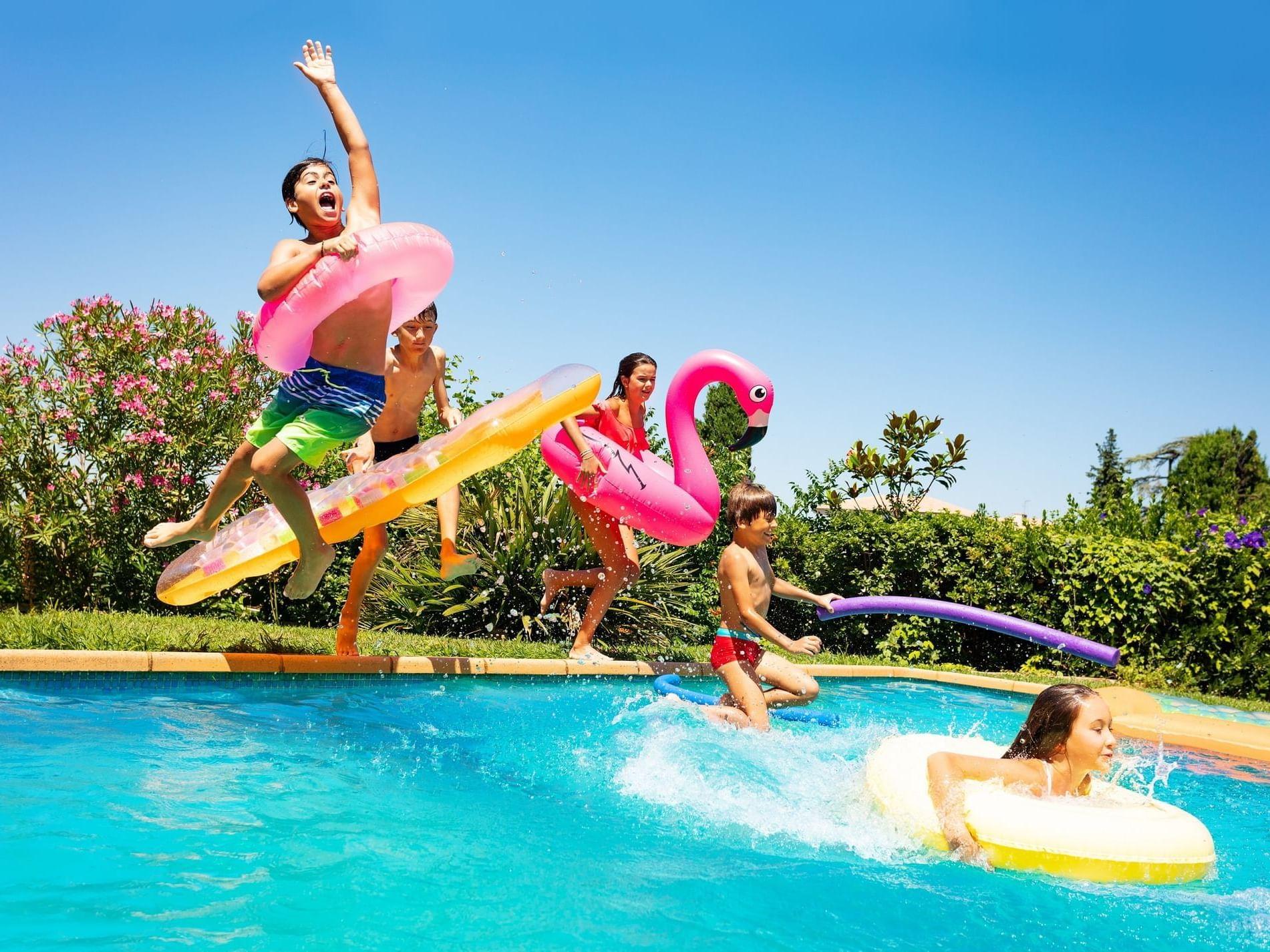 Kids playing in kids pool at Daydream Island Resort