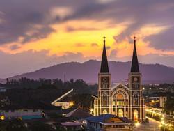 โบสถ์วัดแม่พระปฏิสนธินิรมล - Hop Inn Chanthaburi (Budget hotel) - โรงแรมราคาประหยัด โรงแรมฮ็อป อินน์ จันทบุรี