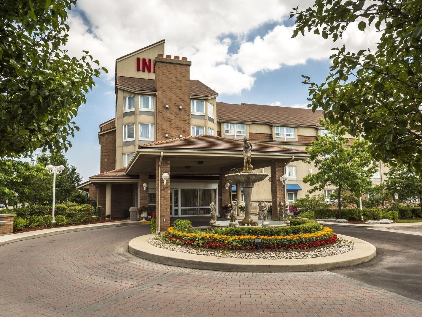 Exterior View - Monte Carlo Inns - Brand Site