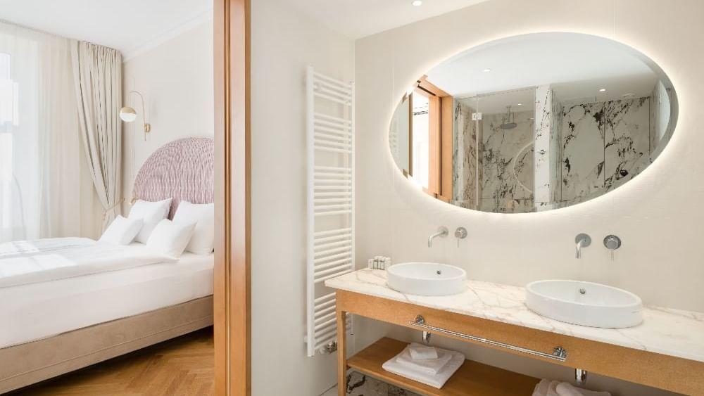 Residence Two Bedroom Suite - Bathroom