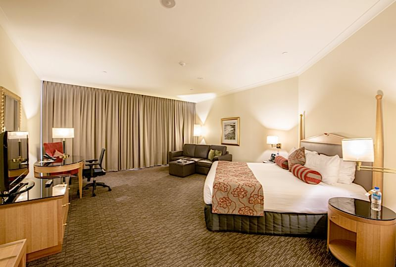 Club King River View room at the Duxton Hotel Perth