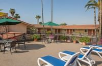 The Safari Inn - Sundeck