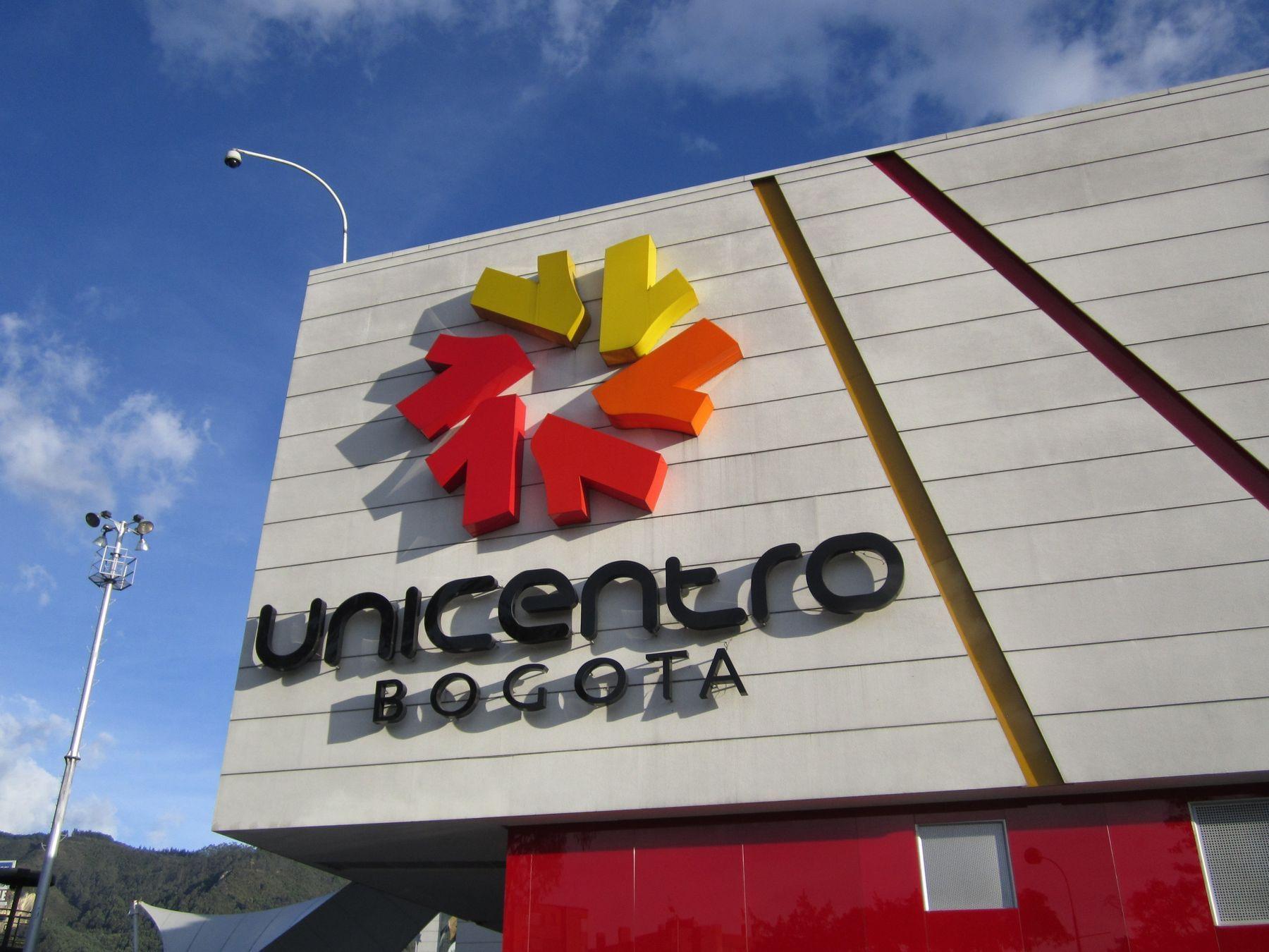 Exterior of Unicentro Bogota mall near Bogotá Plaza Hotel