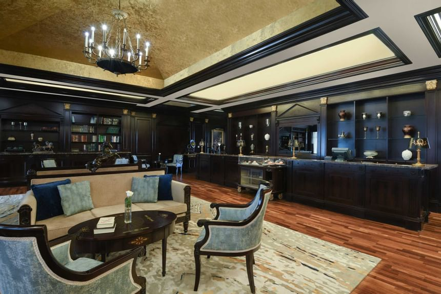 lateral view of victorian lounge at Al Aziziyah Boutique Hotel