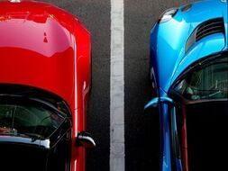 Top view of two cars parked at Paramount Hotel Seattle