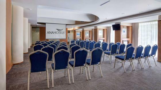 Sală de conferină la Ana Hotels în România