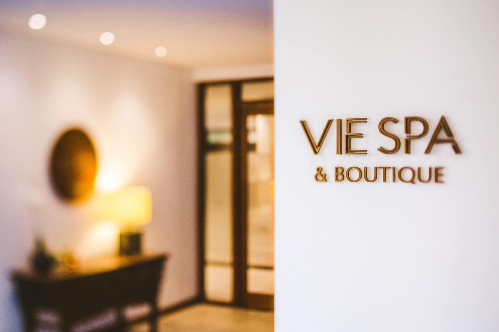 Vie Spa & Boutique at Pullman Palm Cove Sea Temple Resort & Spa