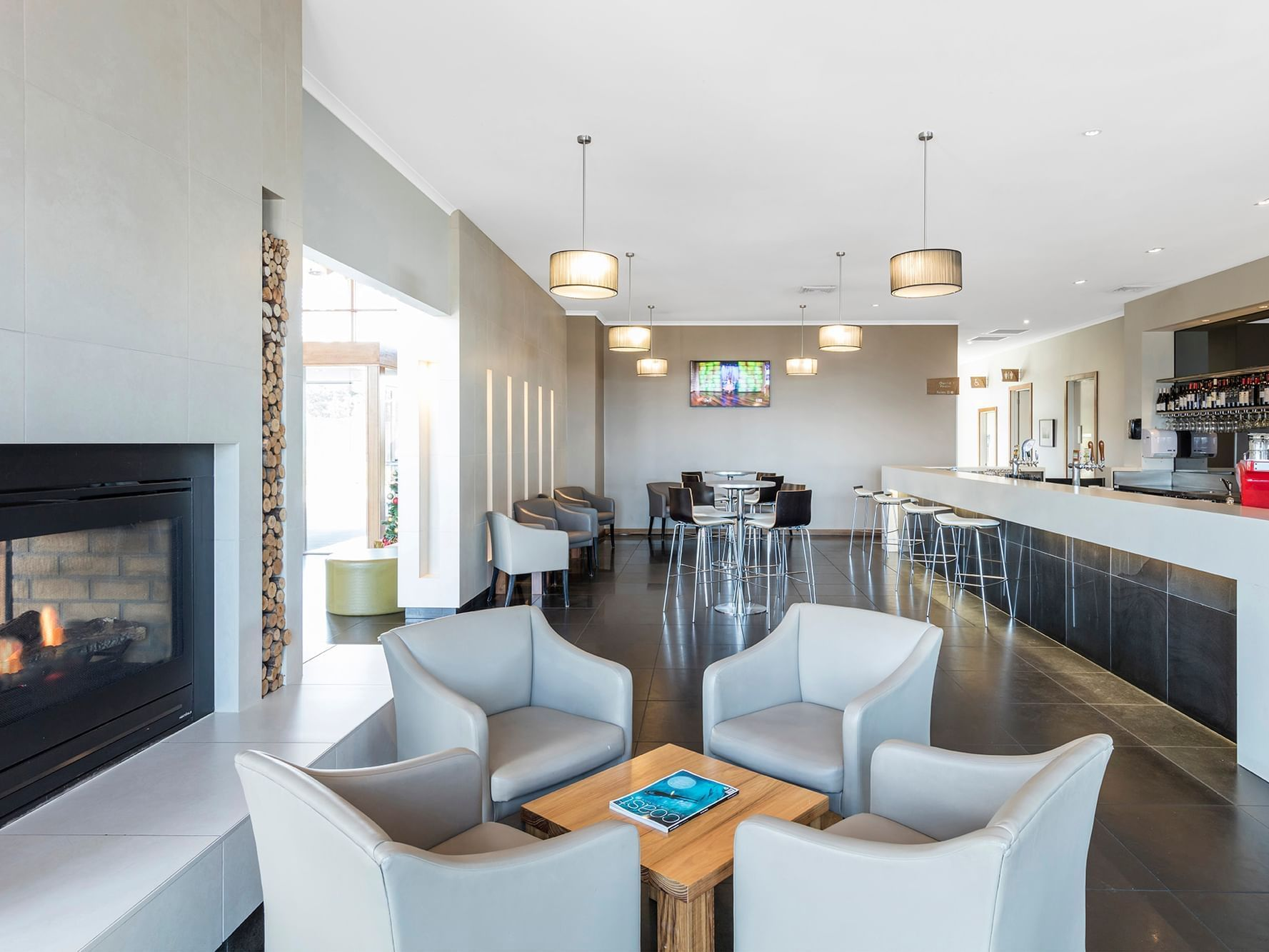 Seating & Bar area in Lounge Bar at Silverwater Resort
