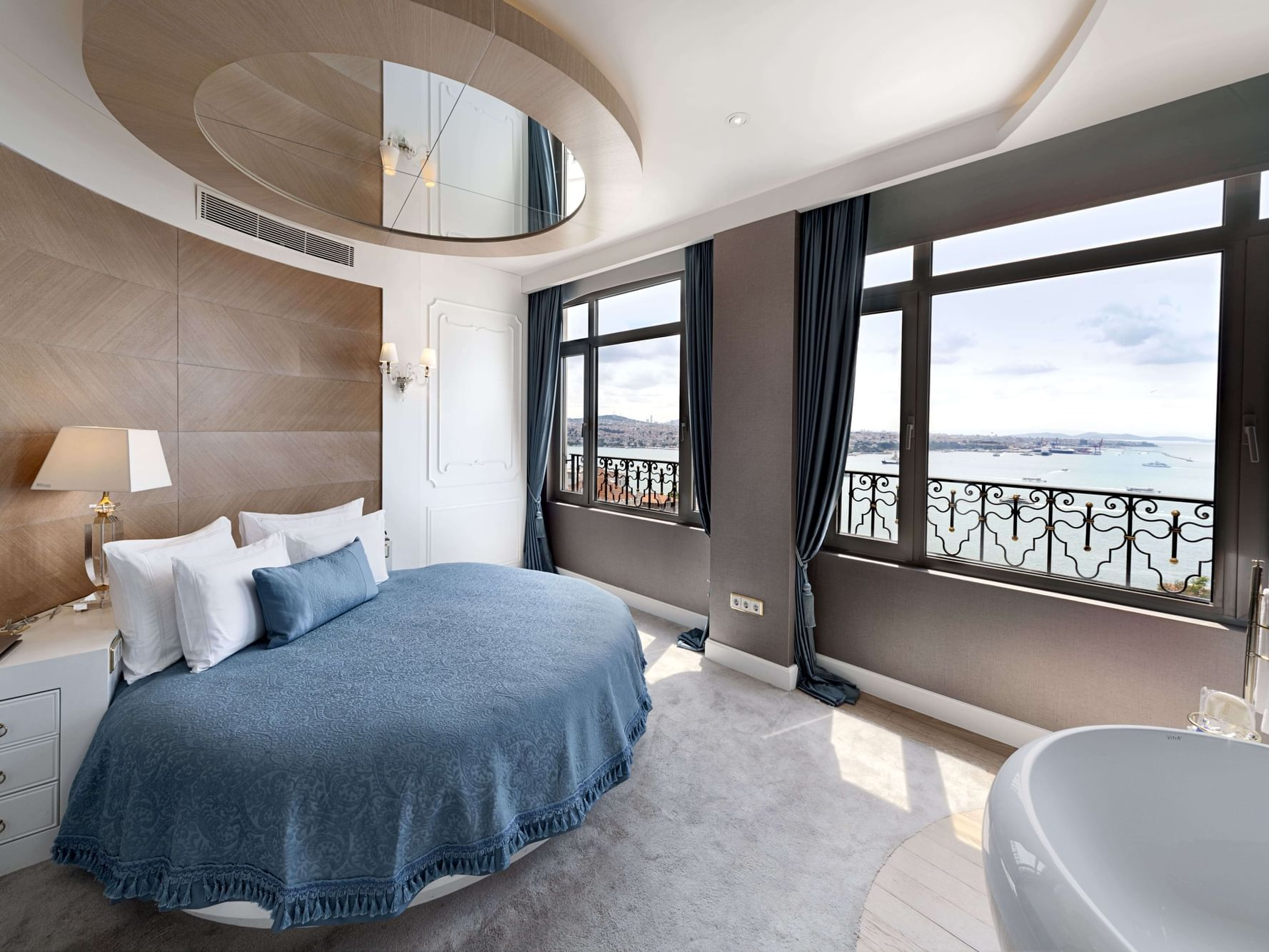 Corner Suite with one bed at CVK Park Bosphorus Hotel Istanbul