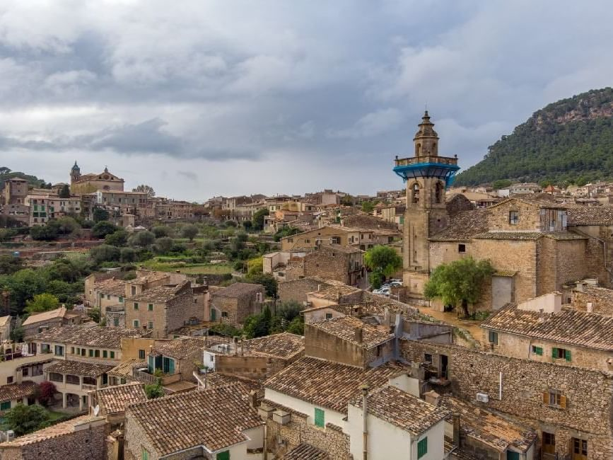 Blick auf das Dorf Valldemossa