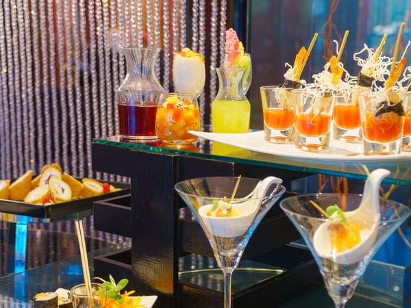 Delicious juice and desserts  at Dream Thailand Bangkok