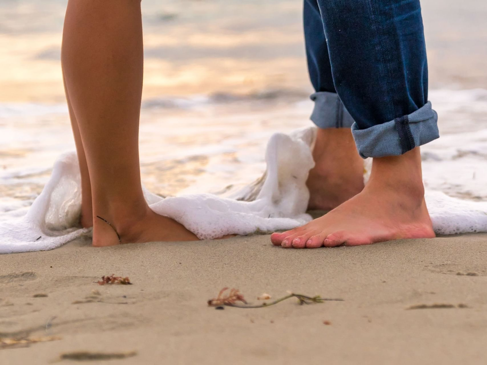 Couple on a Romantic date at the beach at Bay Club Hotel