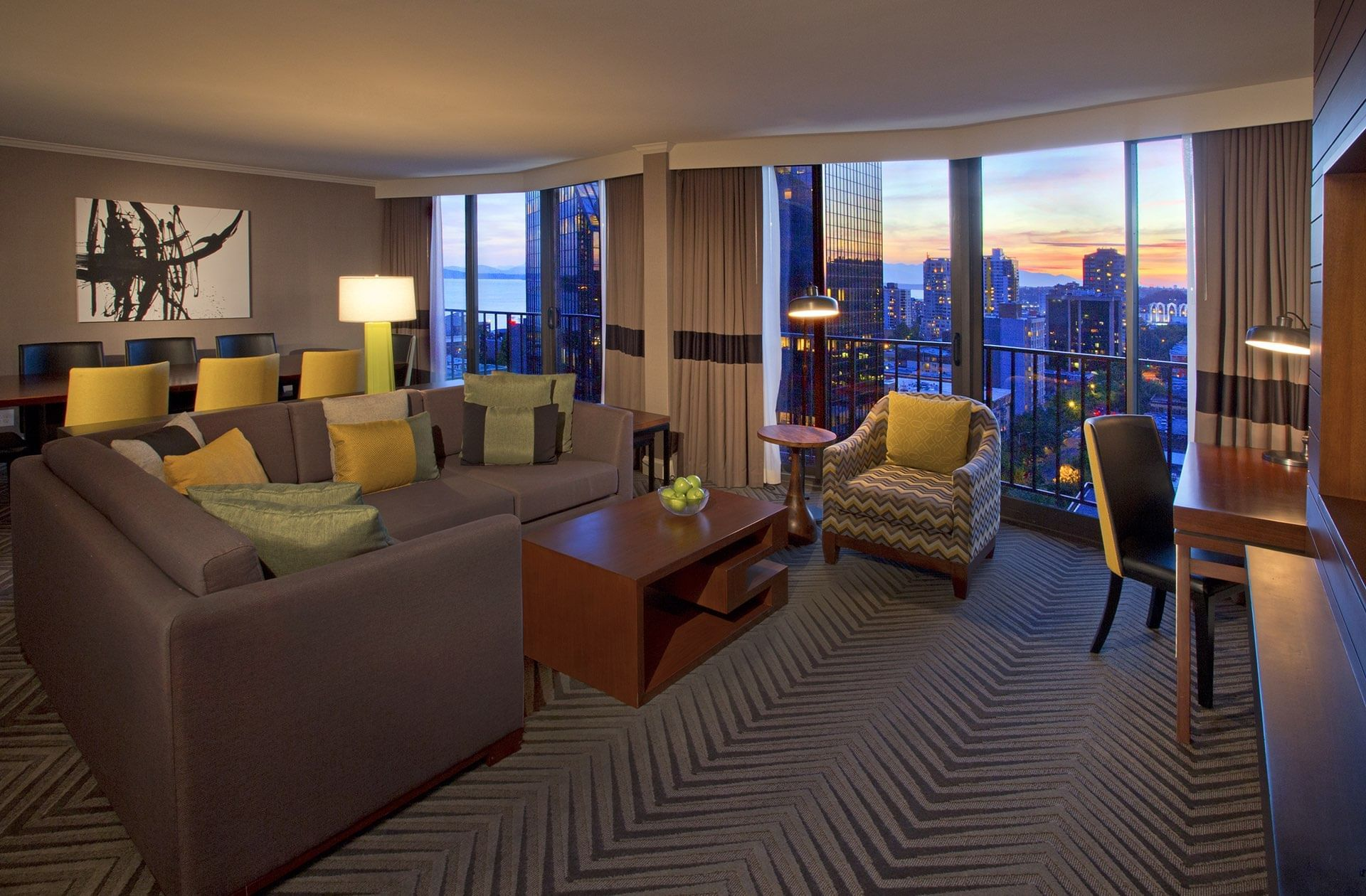 Queen Anne Suite Living Room at Warwick Seattle