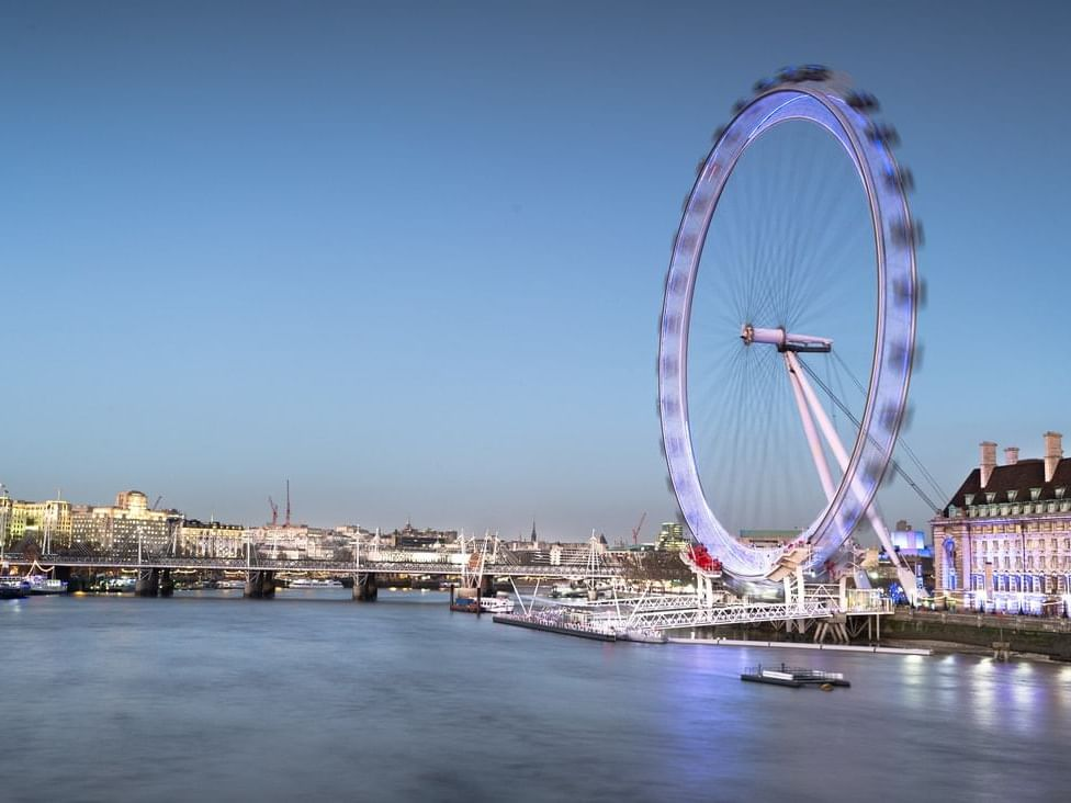 London eye at Sloane Square Hotel