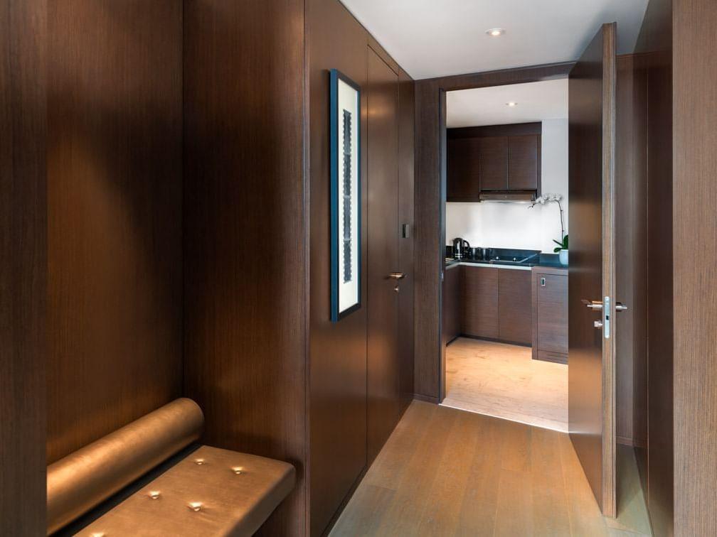 Parmount Suite