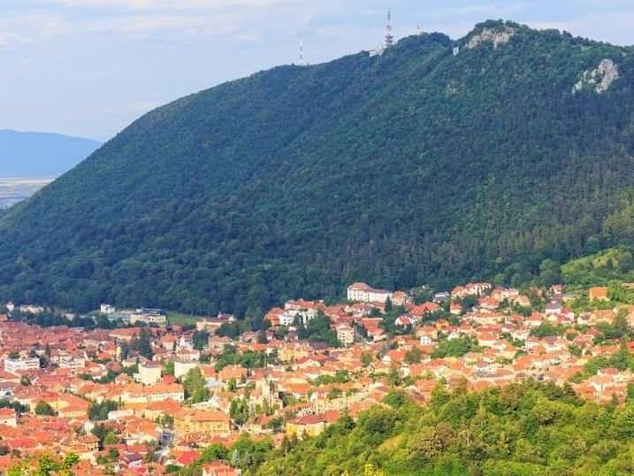 Landscape view of Mount Tâmpa near Ana Hotels in Romania