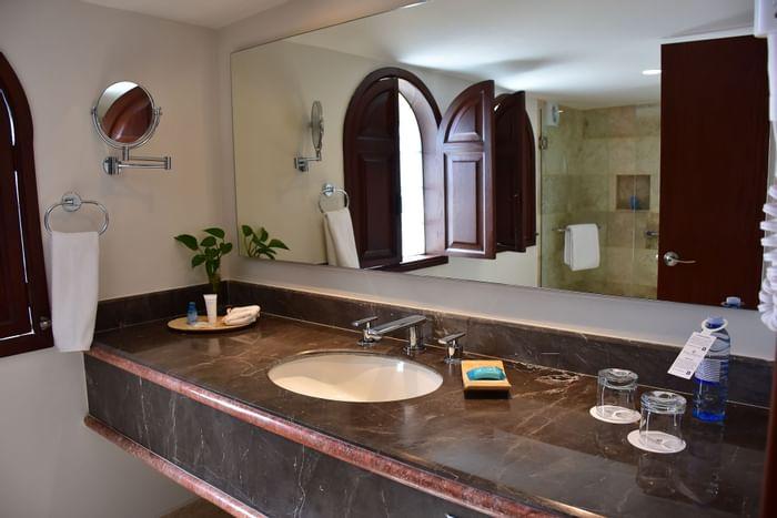Royal Bathrooms in Hotels Grupo Guadalajara