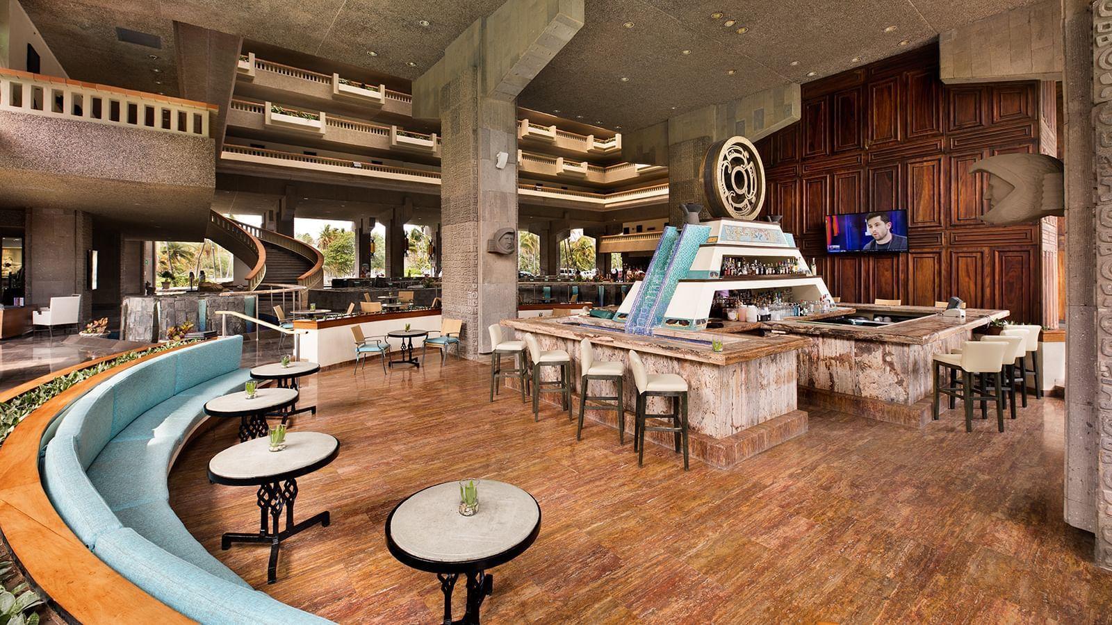 Indoor seating area at Laguna Bar in Princess Mundo Imperial