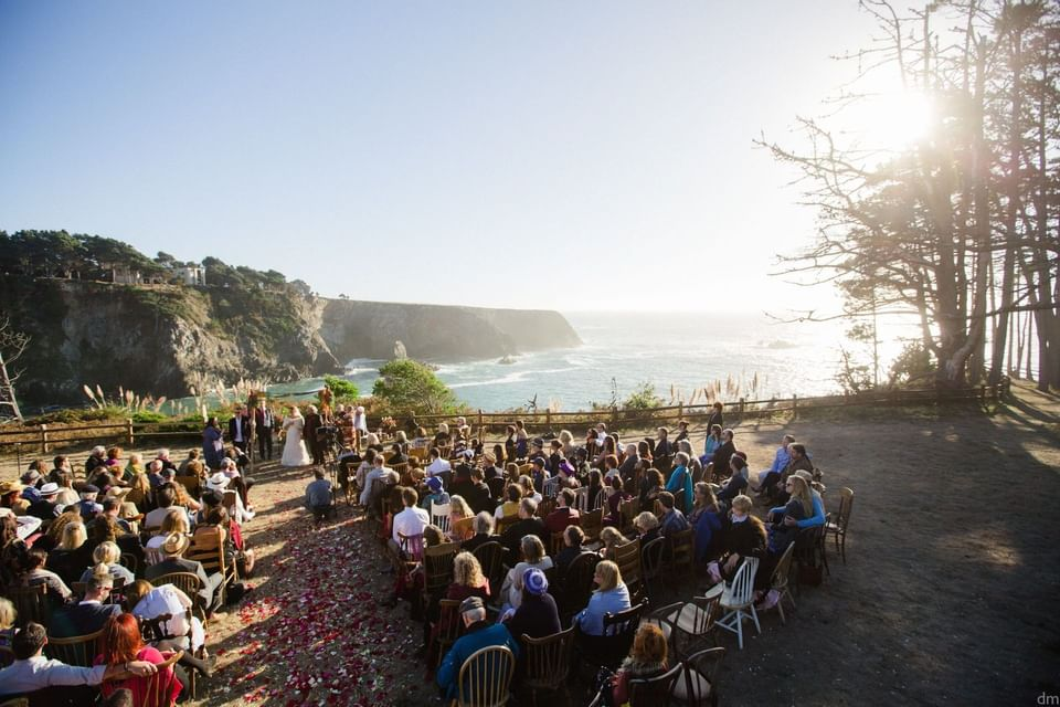 Wedding ceremony near the coastal line at Heritage House Resort