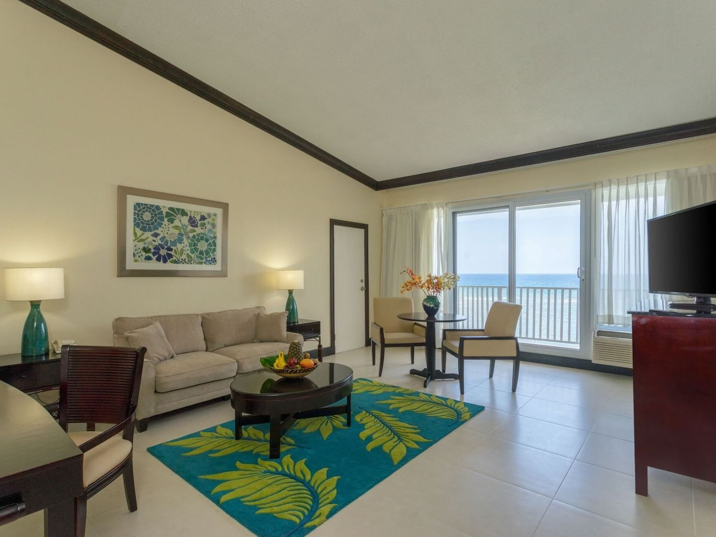 Lounge area of One bedroom Suite at Holiday Inn Montego Bay
