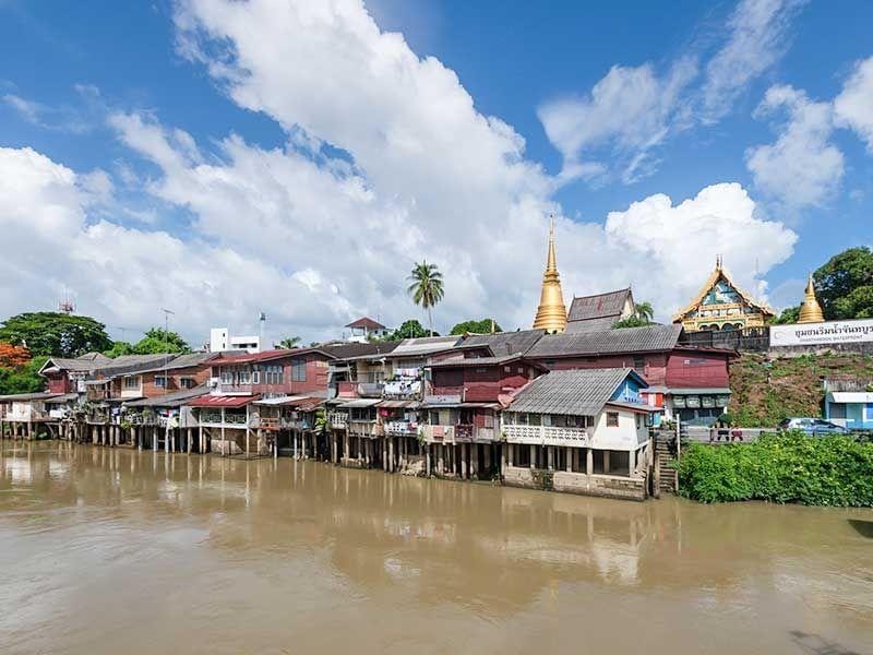Chantaboon Waterfront Community near Chatrium Golf Resort Soi Dao Chanthaburi