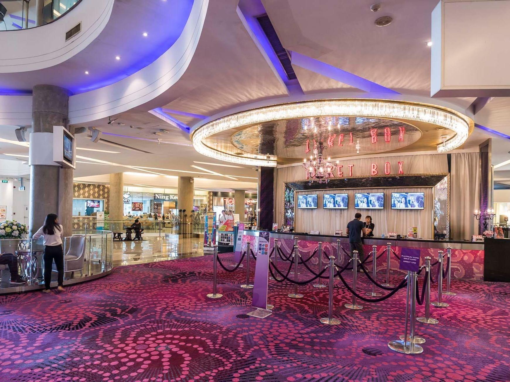 The Esplanade Shopping Mall and Rachadalai Theatre near Emporium Suites by Chatrium