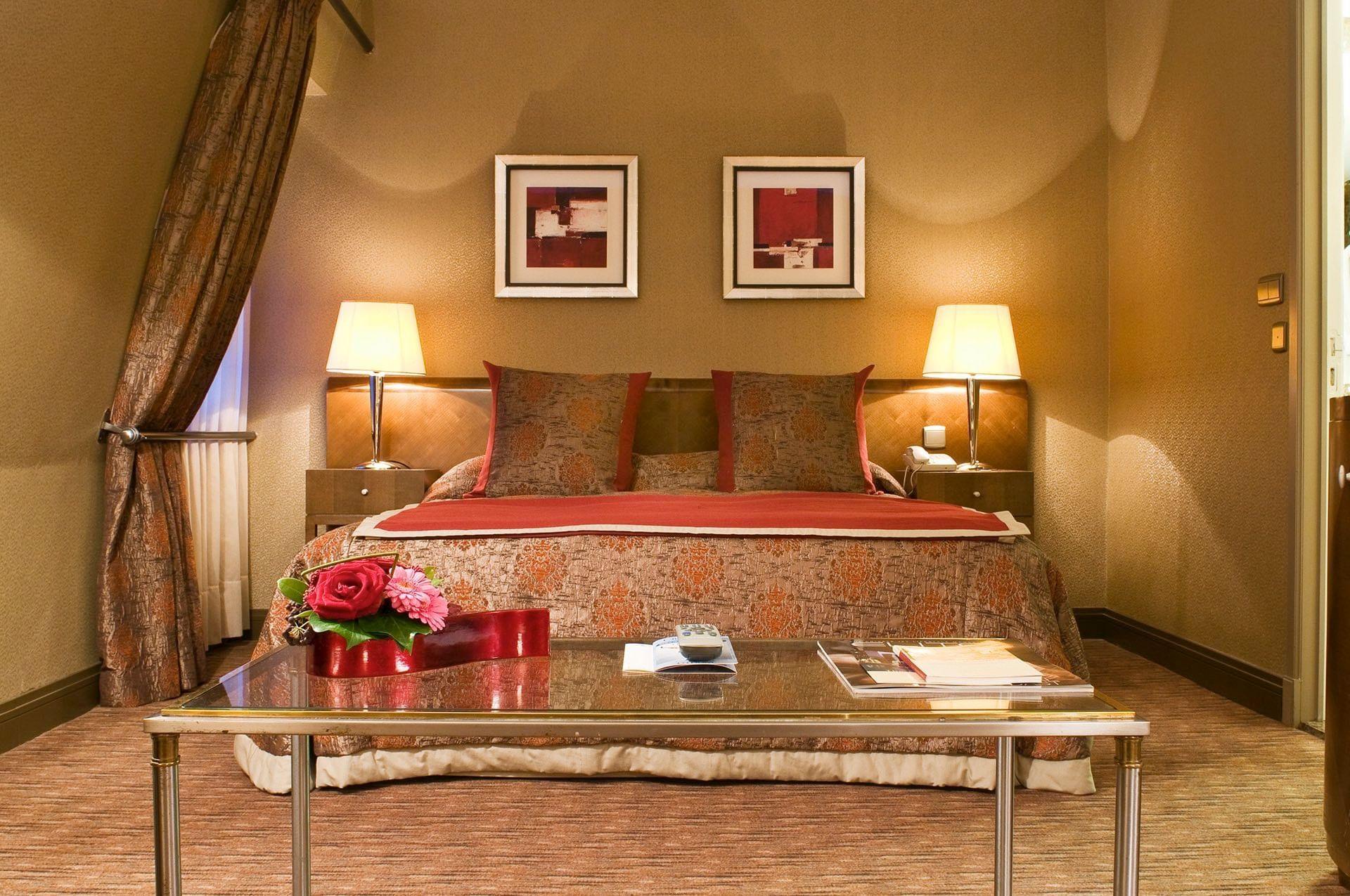 Premium Deluxe Bedroom at Warwick Brussels Hotel