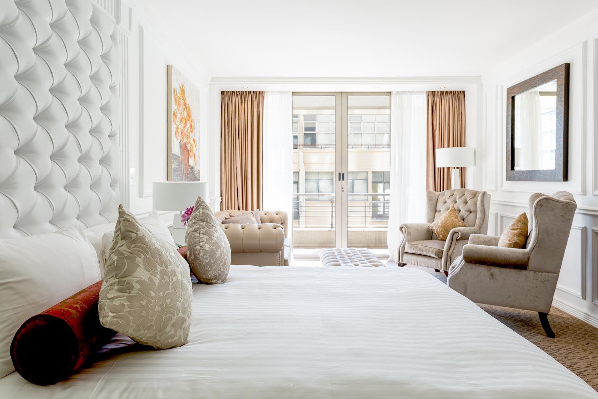 bedroom at Pepperclub Hotel