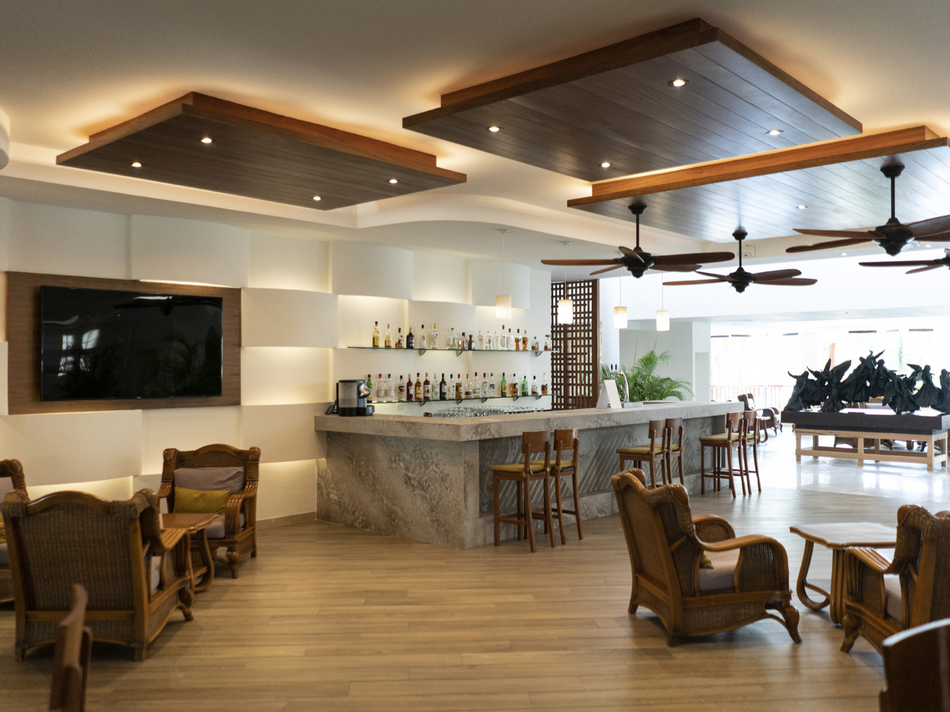 Bar area of Tabaco & Ron Restaurant at The Reef Coco Beach