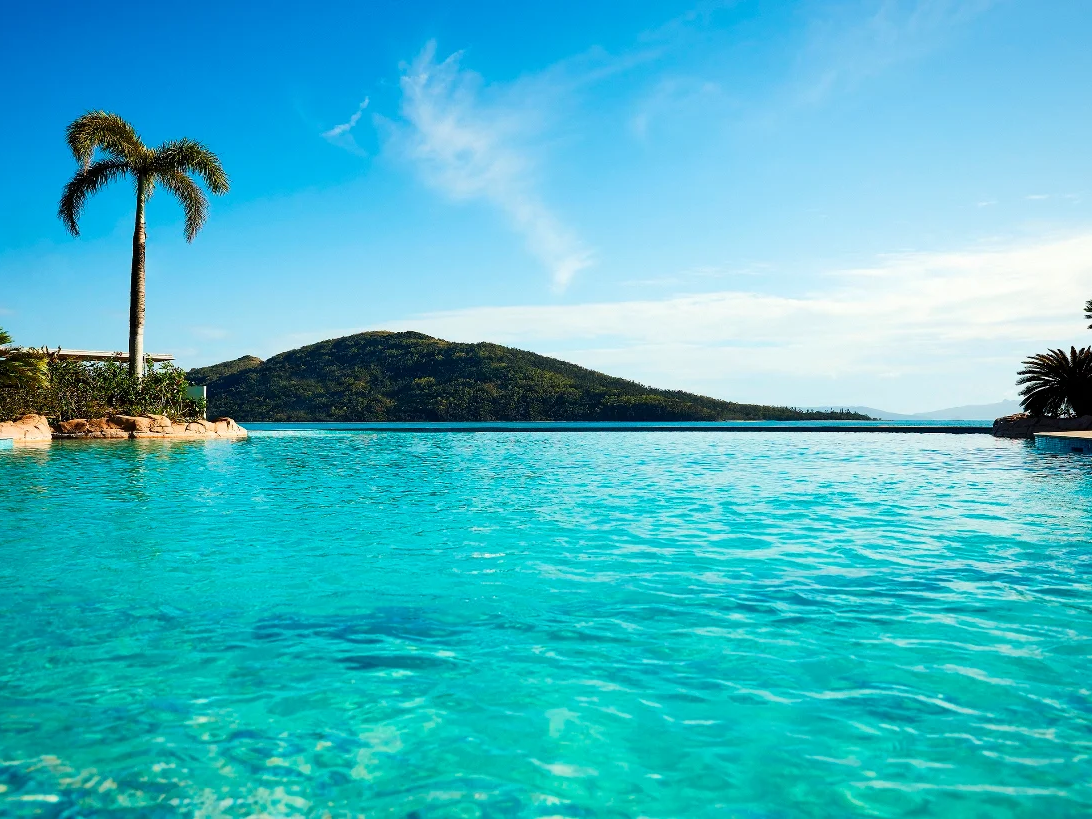 Refreshing view of ocean near Daydream Island Resort
